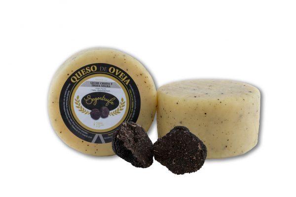Imagen de queso redondo trufado